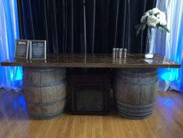 Bar Wine Bar – 8'